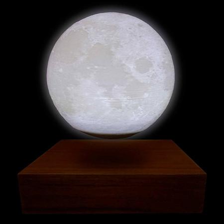 Globe Lune 3D lumineux sur base bois en lévitation